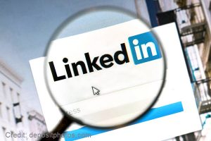 Easy Ways to Build Your LinkedIn Network for Your House Cleaning Business